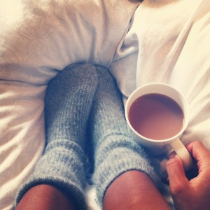 bed-coffee-cozy-sleep-Favim.com-634425